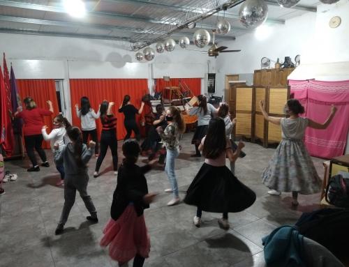 Grupo de Baile: Día Inmigrante